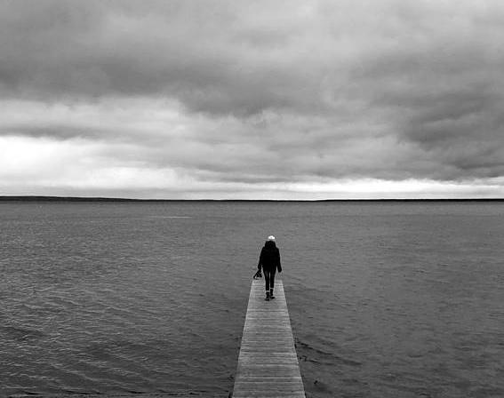 woman-on-pier 2