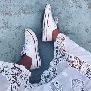 hannah lace and chucks